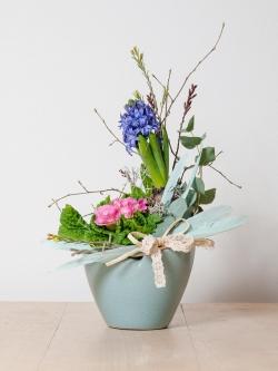 Jarní květinová dílna - sesazované aranžmá na stůl
